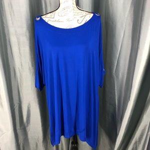 Cable & Guage asymmetrical cold shoulder blouse.